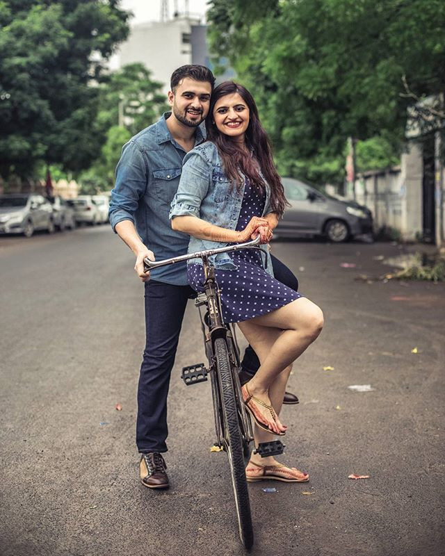 Pre Wedding on streets of Vadodara